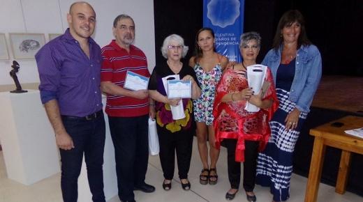 La artista Anahí Villaruel presentó sus obras en la Casa del Bicentenario en Colón
