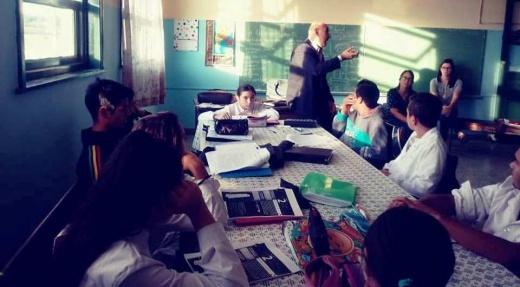 Alumnos, padres y docentes trabajaron sobre los Acuerdos Escolares de Convivencia