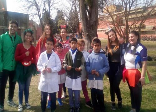Jóvenes de la Promo ´19 realizaron la Jornada Solidaria y el Rural Bike