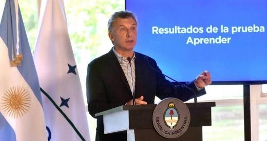 """Macri se lamentó por quienes """"caen"""" en la Educación Pública"""